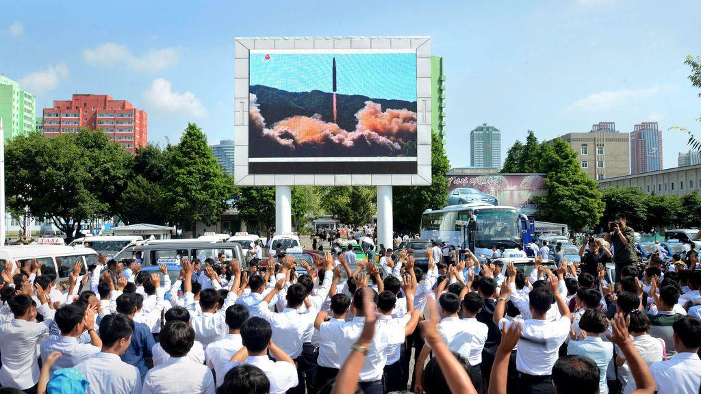 Corea del Norte afirma que el último misil lanzado tenía capacidad para portar una cabeza nuclear