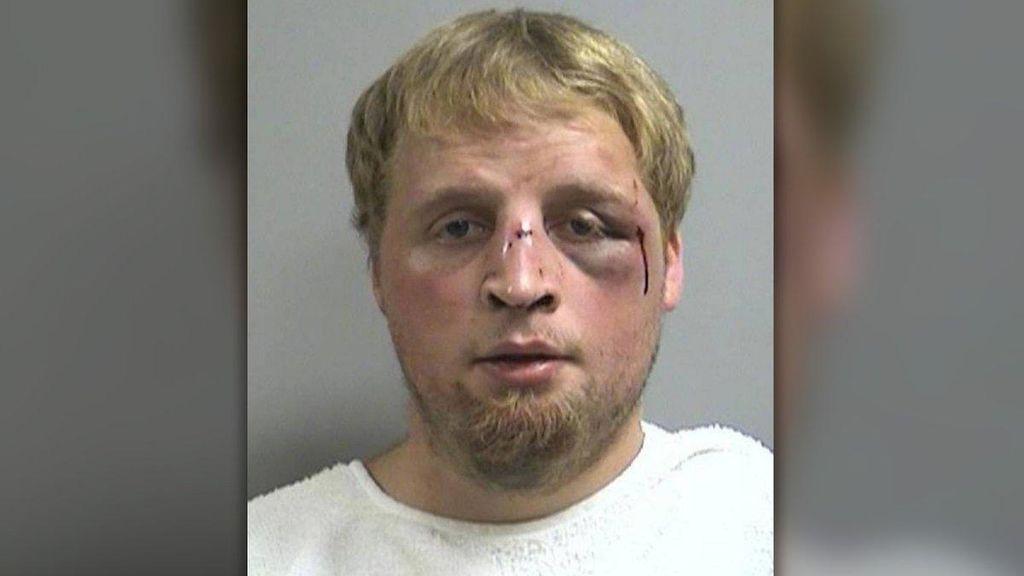 Un joven, detenido tras agredir sexualmente a una niña de un año