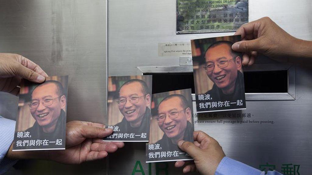 Activistas mandan postales al disidente chino Liu Xiaobo