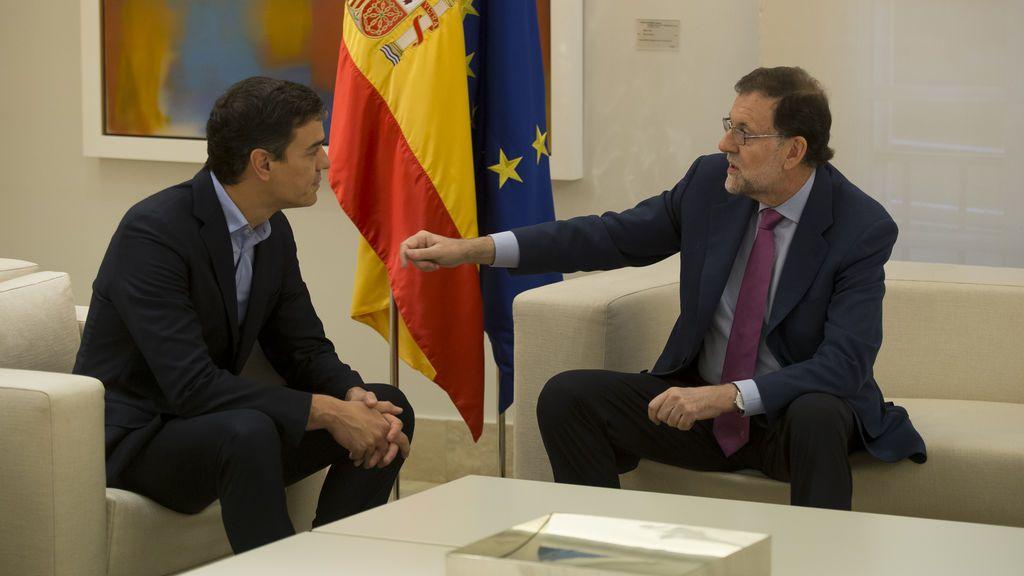 """Rajoy y Sánchez comparten una """"coincidencia absoluta"""" en la ilegalidad del referéndum"""