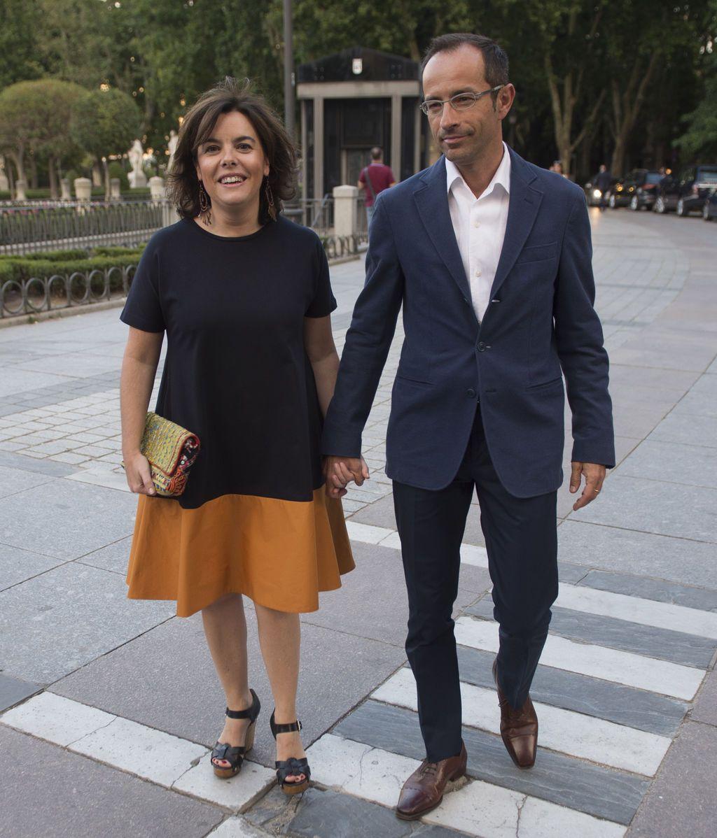 Soraya Sáenz de Santamaría y su marido