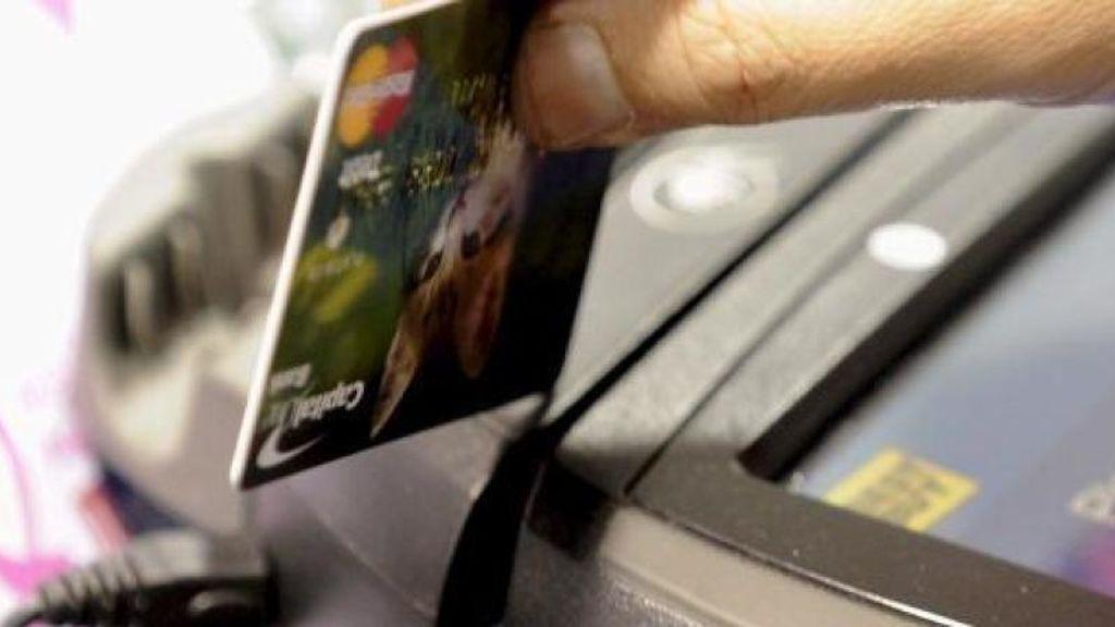 Cae una banda internacional especializada en el fraude con por devoluciones con tarjetas de crédito