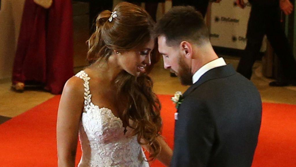 El primer posado de Leo Messi como marido de Antonella
