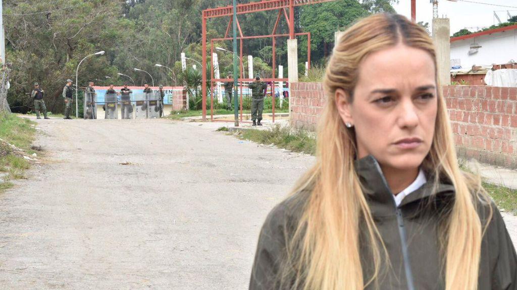 La esposa de Leopoldo López le visita tras 32 días de acceso restringido