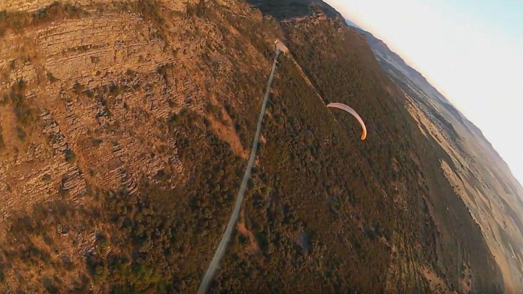 Muere un hombre de 43 años cuando realizaba parapente en Badajoz