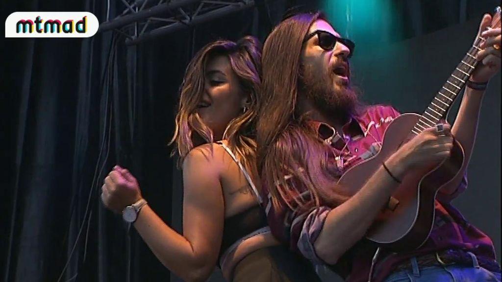 Dulceida canta con Carlos Sadness su 'Roast Yourself Challenge'