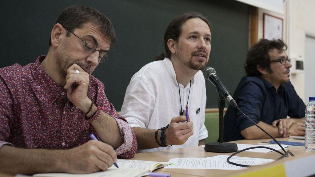 Monedero, Pablo Iglesias y 'Kichi', en la Universidad de Verano de Podemos, en Cádiz
