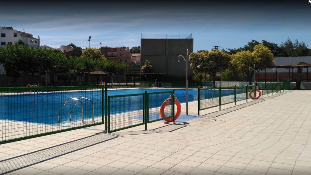 Muere un niño tras ser rescatado en una piscina de Híjar (Teruel)