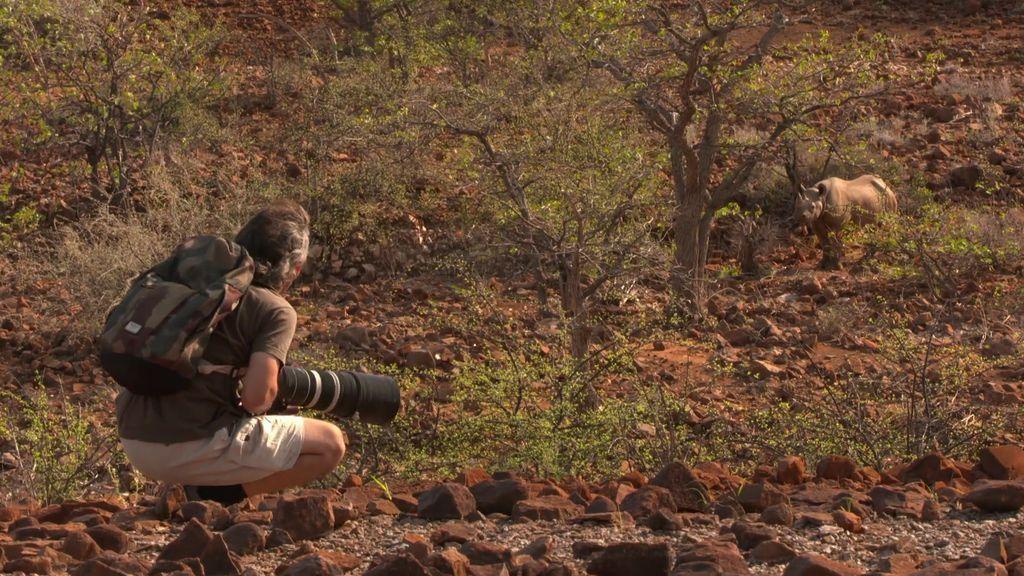 Misión cumplida: ¡Unai y su familia a 50 metros del gran rinoceronte negro!
