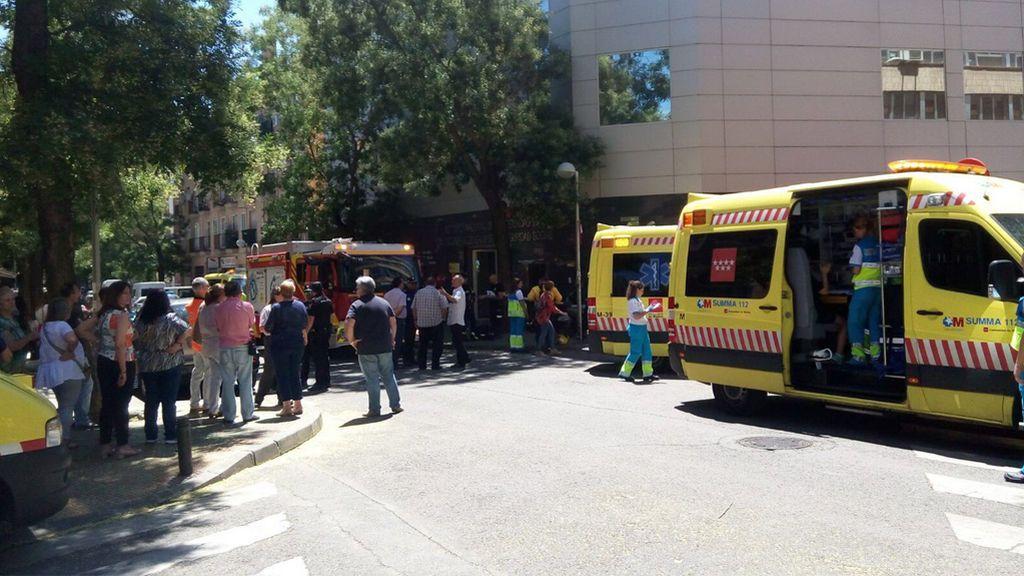 Doce intoxicados por inhalar un gas en una oficina de Seguridad Social en Carabanchel