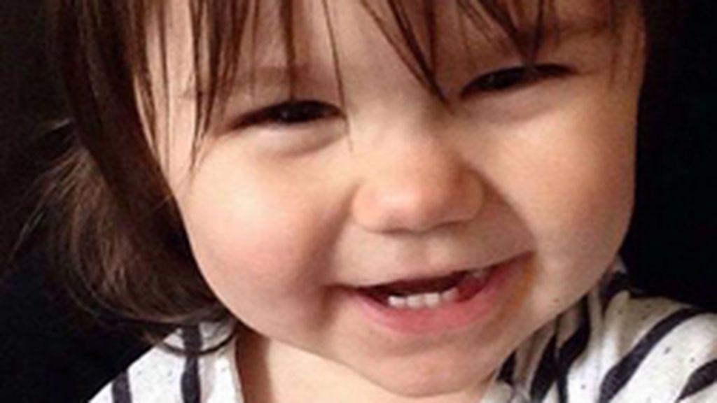 """Asesina a su hija asfixiándola con una toalla y le envía un fotografía a su padre: """"Mereces una última imagen"""""""