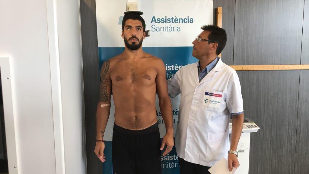 Luis Suárez reconocimiento médico Barça