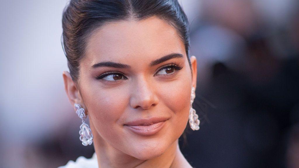 Kendall Jenner logra una orden de alejamiento de un fan acosador