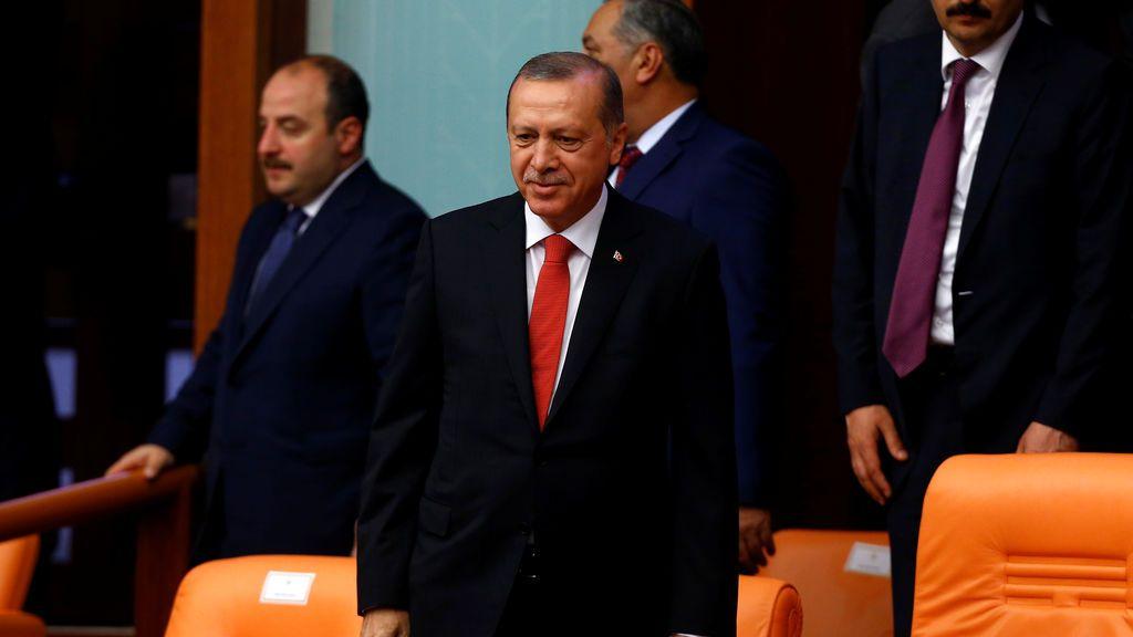"""Erdogan conmemora el intento de golpe de Estado: """"Un punto de inflexión en la democracia"""""""