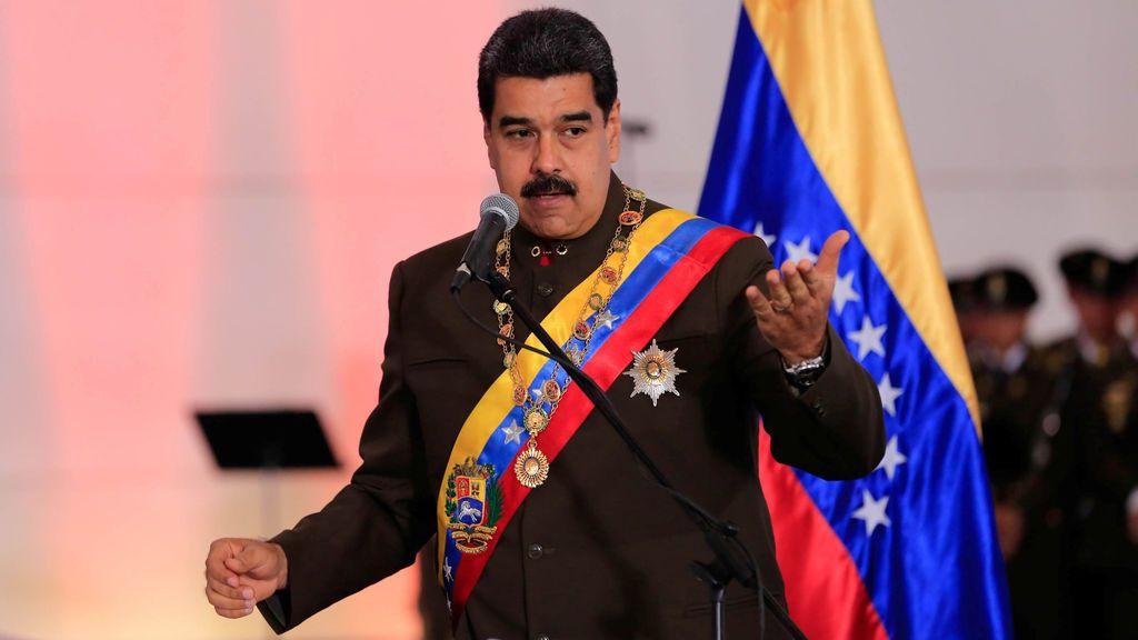 Maduro llama a participar en la consulta de la oposición y el ensayo electoral constituyente