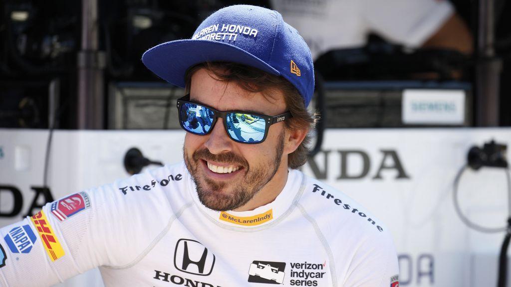 Fernando Alonso presume de madridismo en Twitter... pero se olvida la duodécima