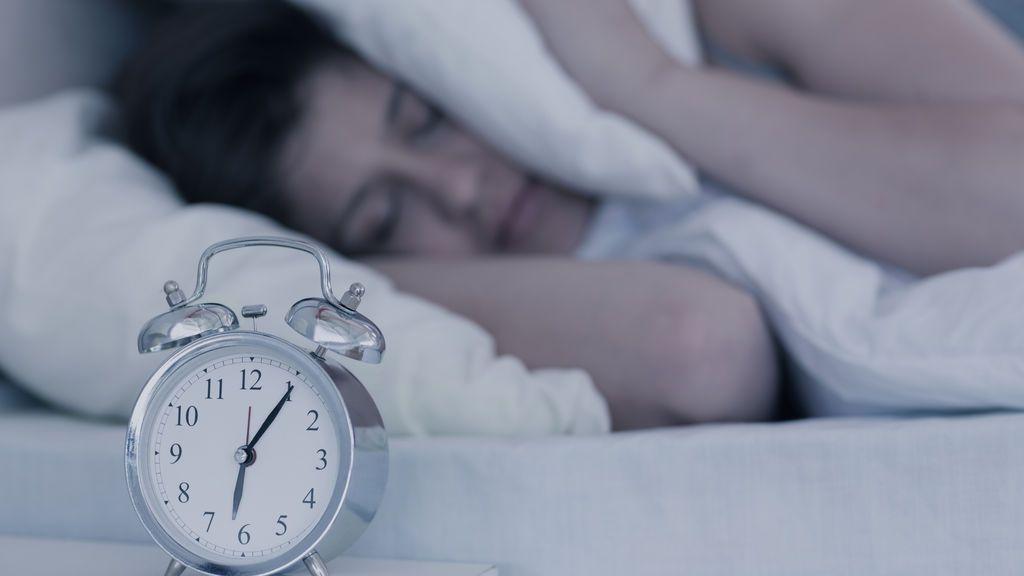Esto es lo que todos deberíamos hacer nada más levantarnos, según una psicóloga de Harvard