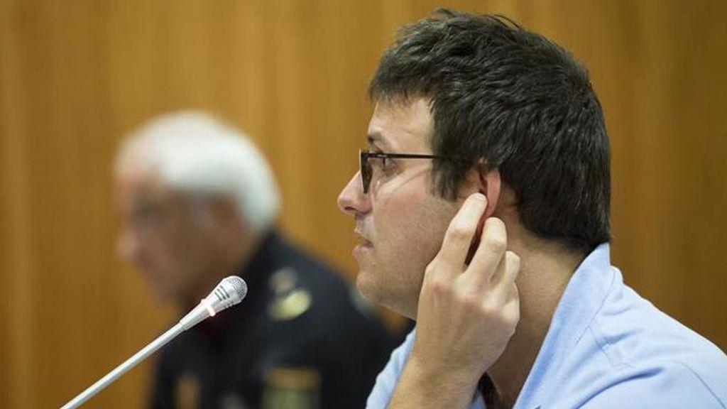 Condenado por matar al hijo de su pareja, de 3 años, arrojándolo a una balsa