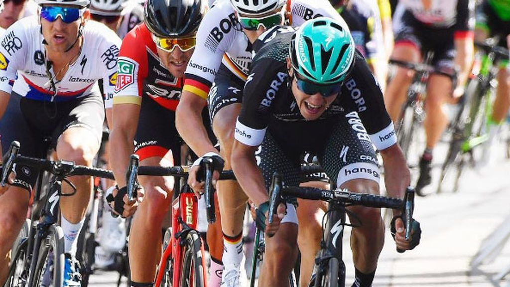 Las redes alucinan con la impactante foto de las piernas Poljanski tras una durísima etapa en el Tour