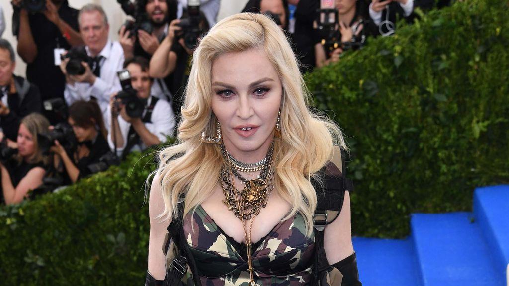 Madonna demanda a una web de subastas por poner a la venta 100 de sus objetos