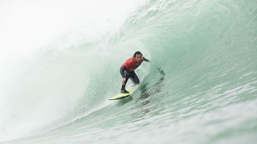 Récord de participantes en nueva fecha de campeonato mundial de surf en Chile