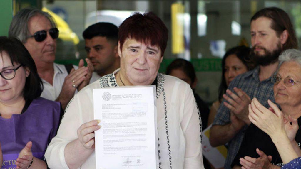 Más de 90.000 firmas piden el indulto a una víctima de bebés robados por injurias a una monja