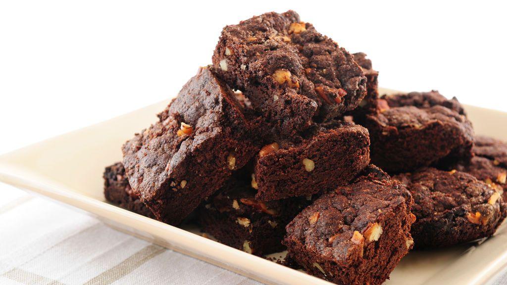 Critican a una madre después de que vendiera brownies hechos con  su propia leche