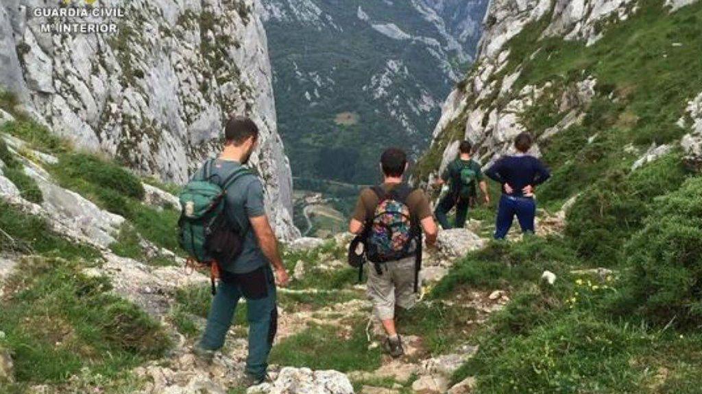 Buscan a tres senderistas desaparecidos en la Sierra de Anna y Bicorp (Valencia)