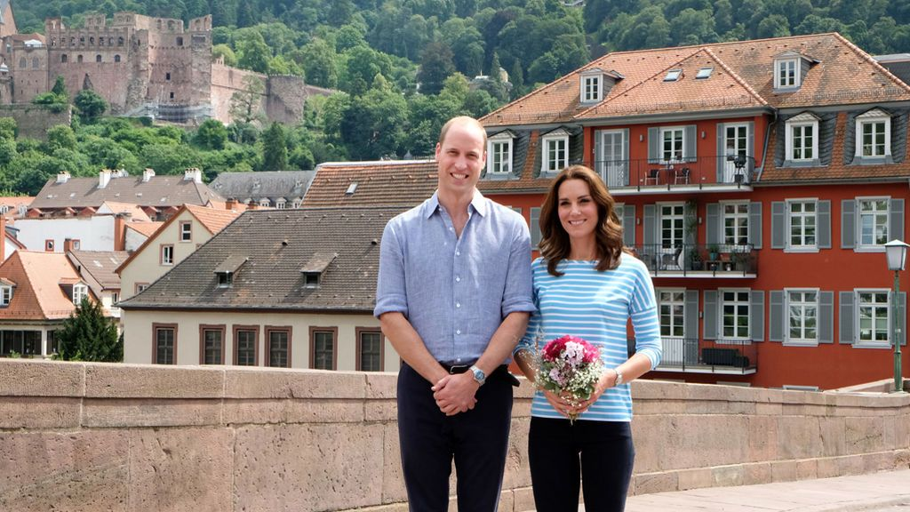 Kate Middleton y William, de andar por casa: su posado 'sporty' en Alemania es de analizar