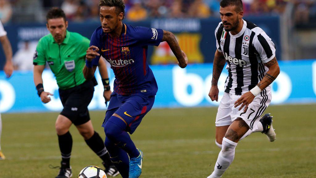 Neymar lidera al Barça en su primera victoria del verano (1-2)