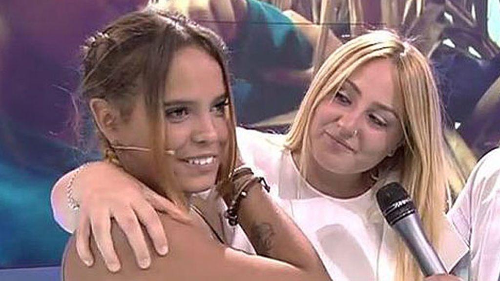 Rocío Flores se apunta al fiestón de 'Supervivientes' junto a Gloria Camila