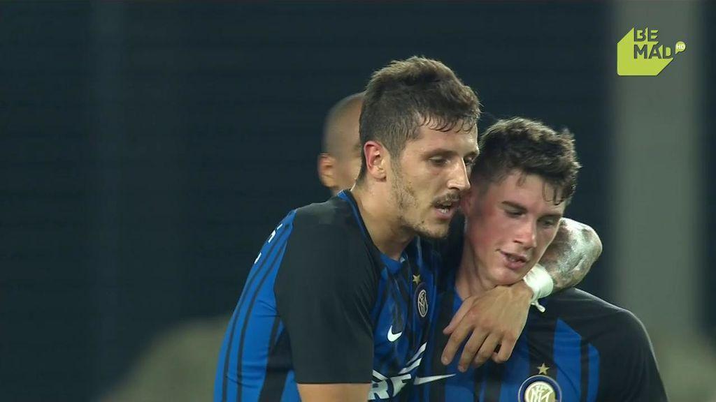 Jovetic hace el gol de la victoria del Inter frente al Olympique de Lyon