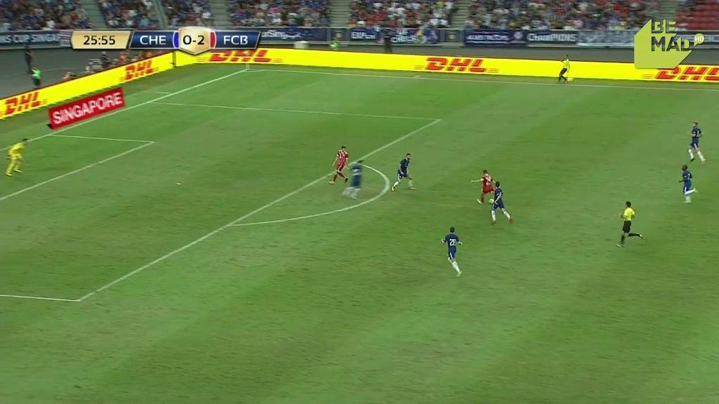 Müller hace lo que quiere y se la clava a Courtois desde veinte metros