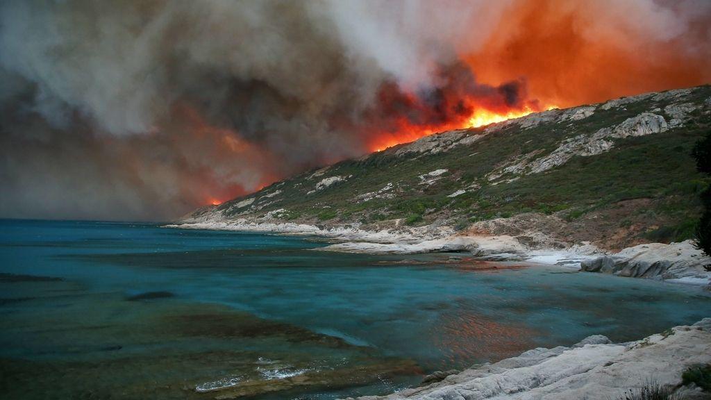 La residencia exclusiva de Saint-Tropez se quema
