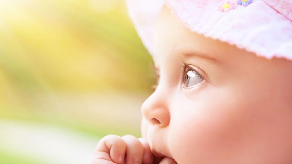 Niños y sol: ¿desde cuando pueden tomarlo? Hablamos con expertos