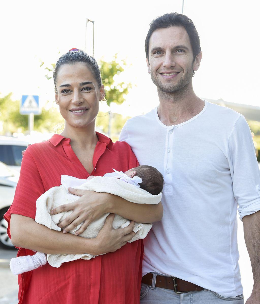 Ana bono y Gabriel Funes nos presentan a su primera hija, Anita
