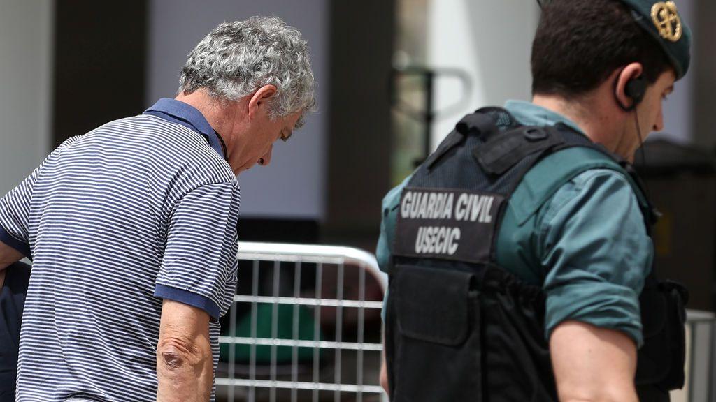 Ángel María Villar presenta su dimisión como vicepresidente de la UEFA