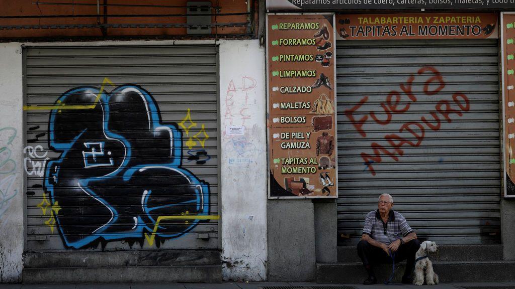 Continúan las protestas contra el presidente de Venezuela Nicolás Maduro