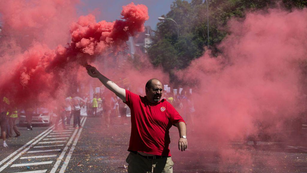 Protestas en Madrid contra la competencia desleal de empresas de transporte