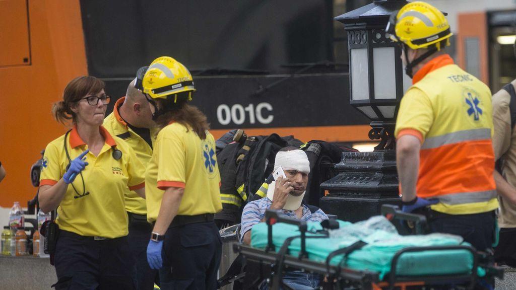 Tres de los 56 heridos en el accidente de Rodalies están en estado grave