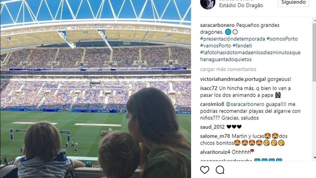 Sara Carbonero disfruta de una animada tarde de fútbol con sus hijos