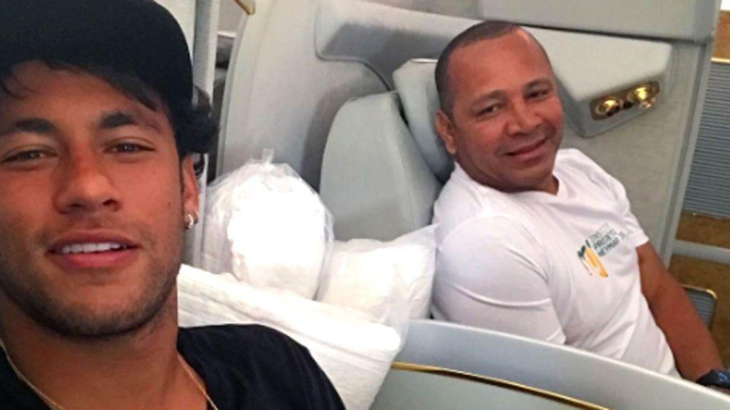 Las redes acusan al padre de Neymar de pesetero y de querer destruir la carrera de su hijo