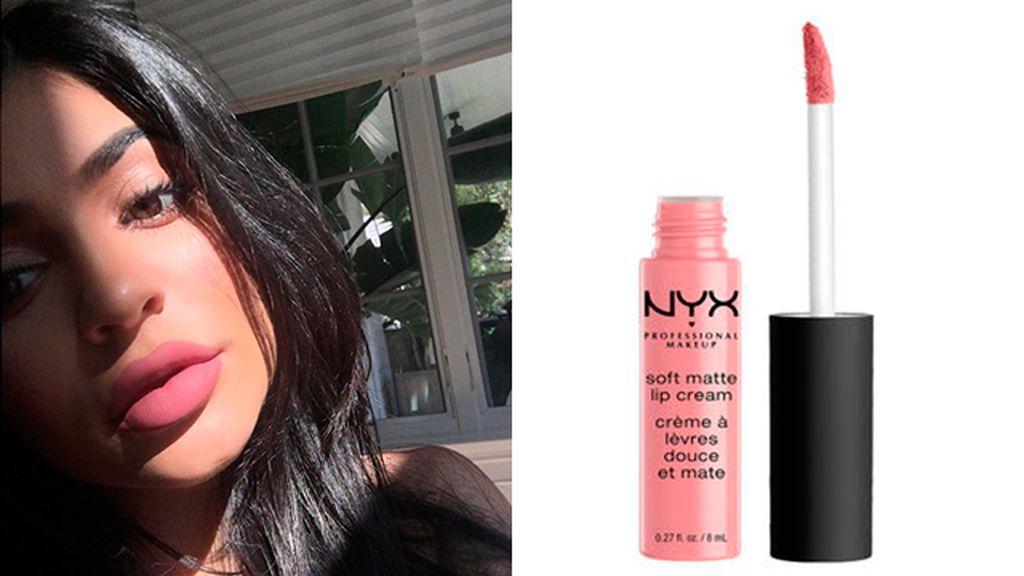Candy K de Kylie Jenner (29$) y Soft Matte Lip Cream de NYX (6,90 euros)