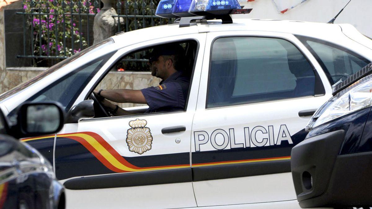 Un hombre de 71 años confiesa que mató a su pareja y se entrega a la Policía en Getafe