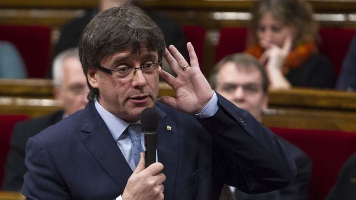 """Puigdemont ironiza sobre la vocación de trabajo del Consejo de Ministros: """"Ojalá siempre fuera así"""""""