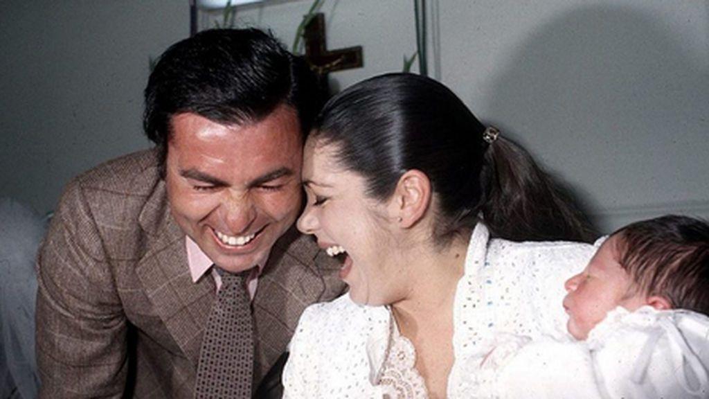 """Kiko Rivera recuerda a su padre en el cumpleaños de Isabel Pantoja: """"Papá desde el cielo te cuida"""""""