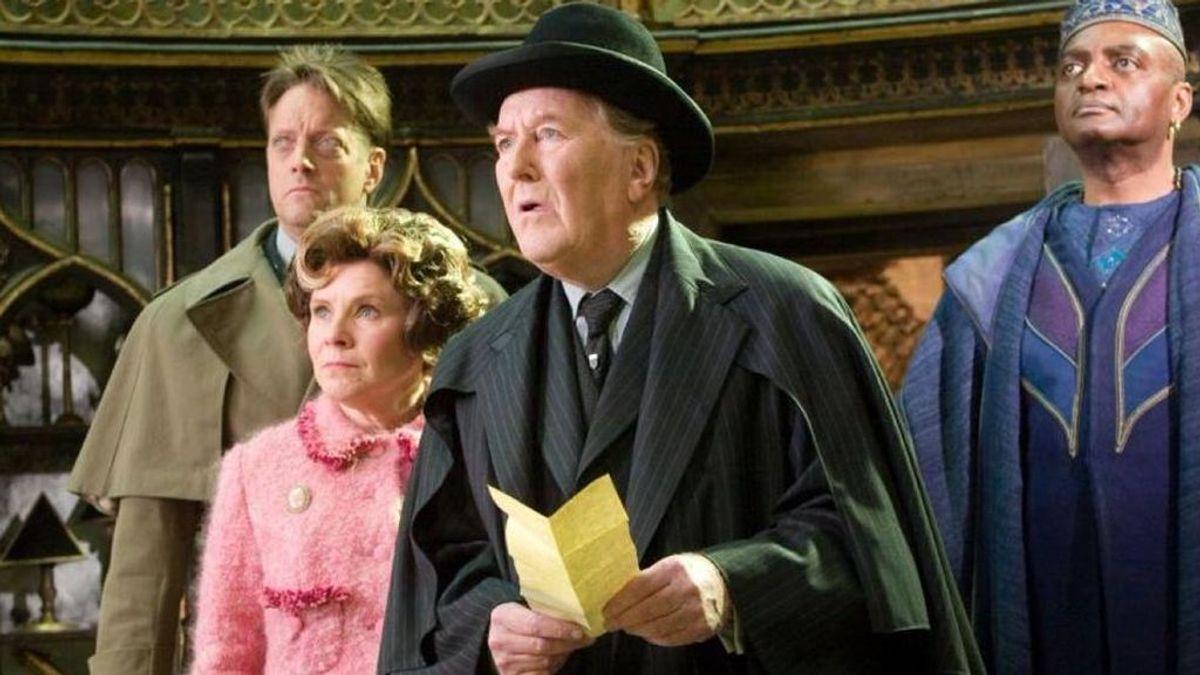 J. K. Rowling se despide de Robert Hardy, ministro de magia en 'Harry Potter'