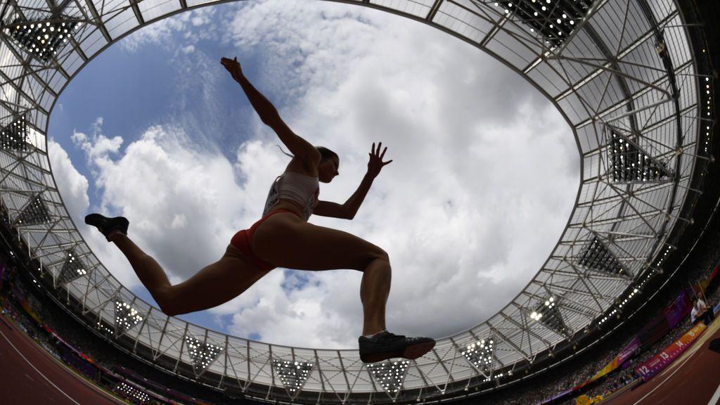 Championship Mundial de Atletismo en la competición femenina de triple salto