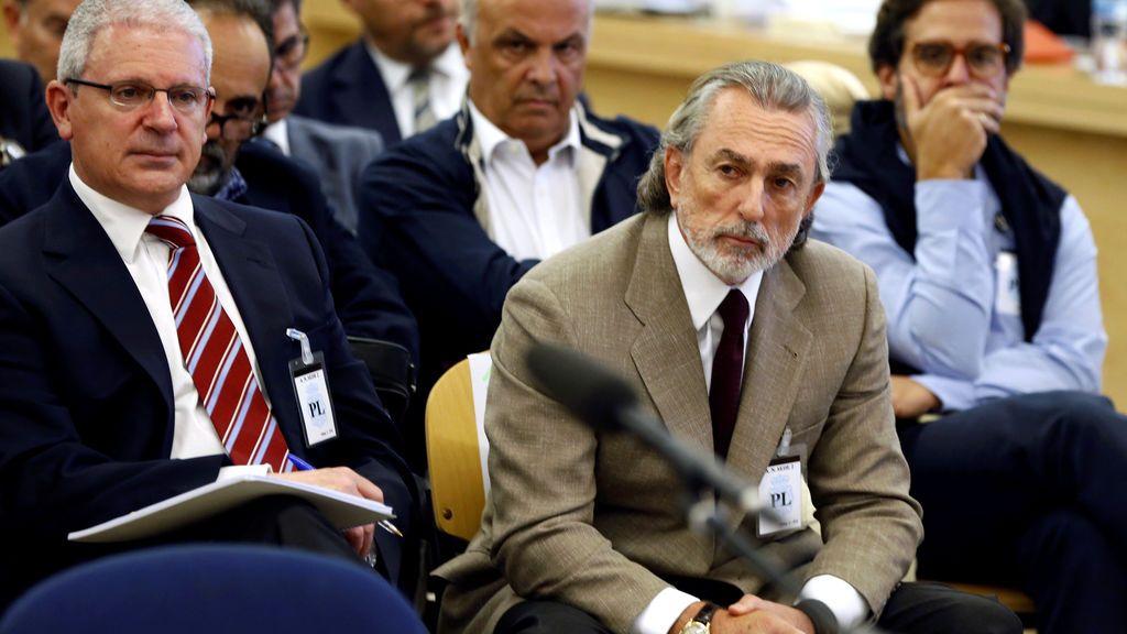 Correa sacó 150.000 euros de Venezuela esquivando el control financiero de Chávez