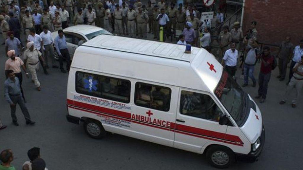 ambulancia india